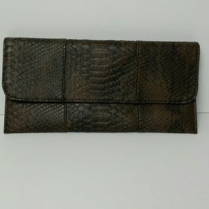 Urban expressions clutch brown fold-over vegan